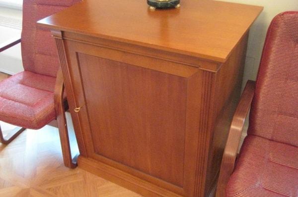 Мебель для конституционного суда