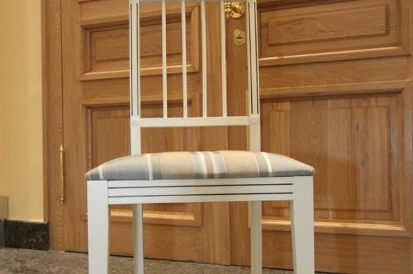 Деревянный стул из массива березы