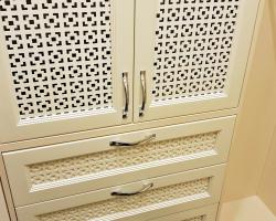 Встроенный шкафчик для мелочей